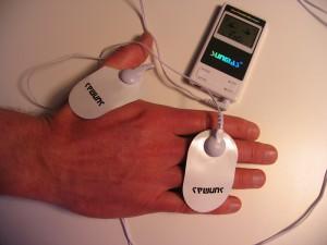 Muskelstimulator med TENS effekt ger smärtlindring.